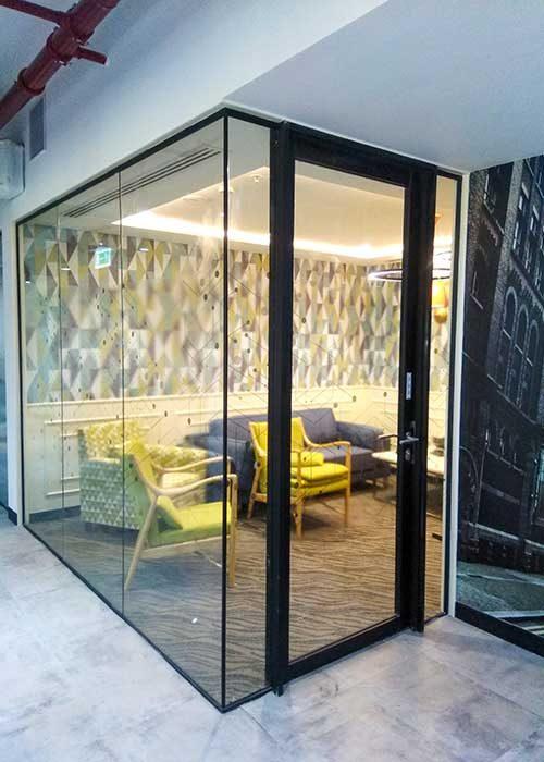 glass-wall-door